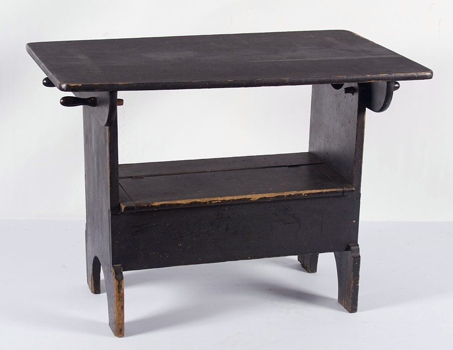 Superbe PENNSYLVANIA HUTCH TABLE IN BLACK PAINT WITH OUTSTANDING SURFACE, Ca 1850
