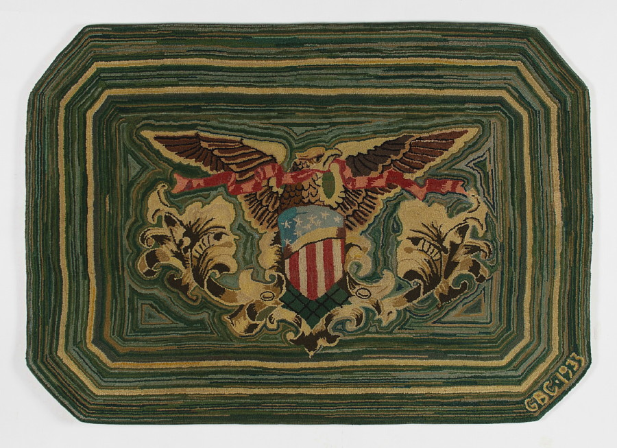 HOOKED RUG WITH PATRIOTIC