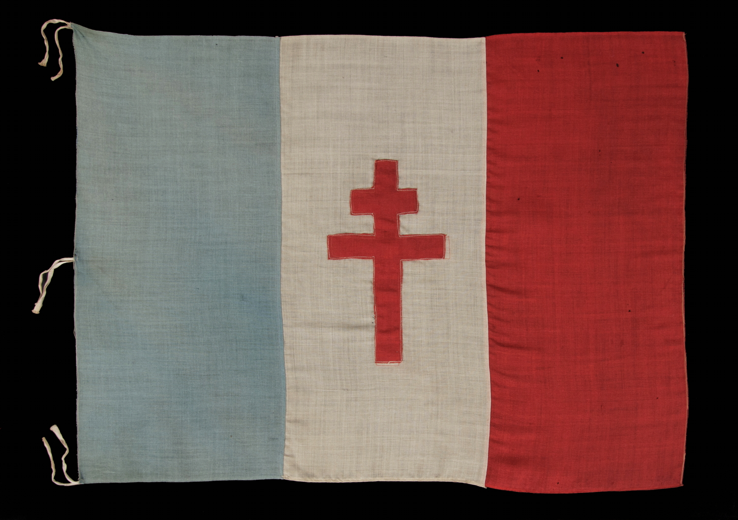 jeff bridgman antique flags and painted furniture wwii period