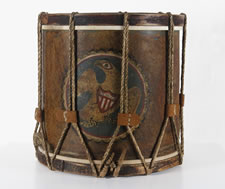 EARLY AMERICAN MILITIA DRUM WITH A DRAMATIC FOLK-STYLE EAGLE, 1812-1846